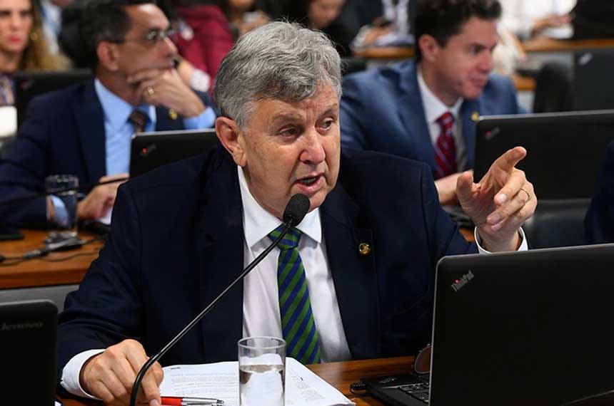 Autor do projeto, Luis Carlos Heinze pretende valorizar os animais e conferir segurança jurídica aos segmentos econômicos envolvidos Fonte: Agência Senado